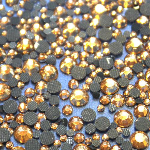 1000 Strass s6 hotfix 2,1mm couleur n°119 or champagne