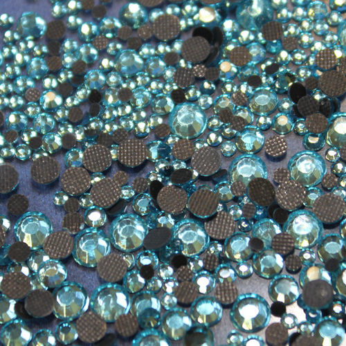 250 Strass s16 hotfix 4,0 mm couleur n°133 aquamarine