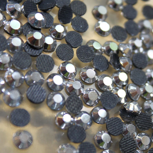 250 Strass s16 hotfix 4,0 mm couleur n°209 AH hématite chrome