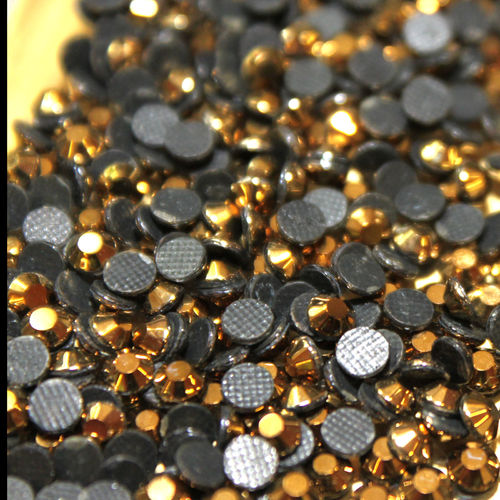 250 Strass s16 hotfix 4,0 mm couleur n°210 AH hématite or gold